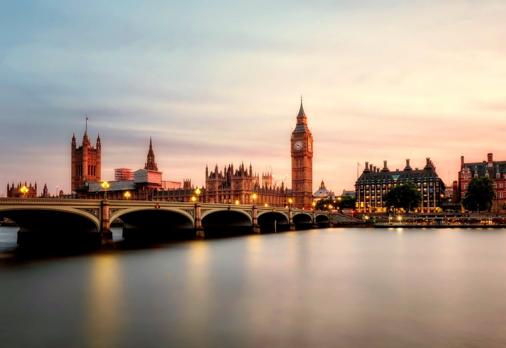 uk house prices rise