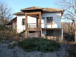 Nice rural house located in a quiet village in the mountains