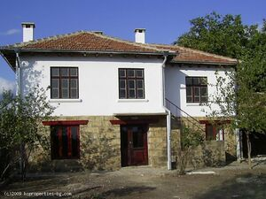 Renovated 2 storey house well situated within open countrysi