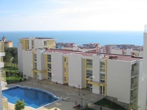 Furnished studio 49 m2 with SEA views, 200 m from the sea