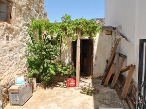 One Room with Courtyard - East Crete