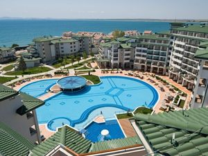 Apartment with 2 bedrooms, 2 bathrooms and SEA view, Ravda