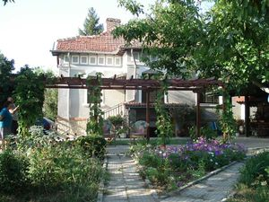 Renovated old-style house 5 km from Vidin