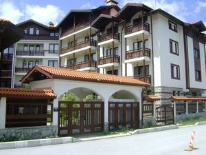1 bedroom apartment with a fireplace in Mountain Residence 3
