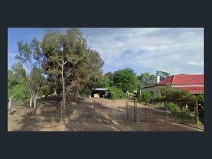 Large 2024 m2 in Great Location!!