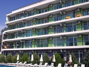 Cozy 1-bedroom apartment in SolMarine Complex, Sunny Beach