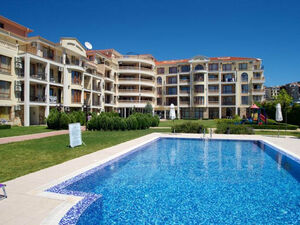 Furnished 1-bedroom apartment in Royal Bay, Saint Vlas