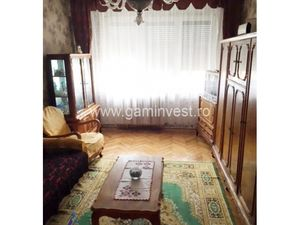 Apartment with 3 rooms for rent, Oradea, Romania A1094B