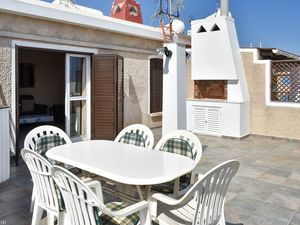 Penthouse 2 Bedrooms Near the Beach in Paralimni