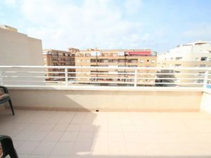 2bed, 1bath penthouse in Torrevieja 700m from beach, 70m2