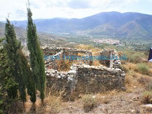Canar land with ruin possible project to rebuild