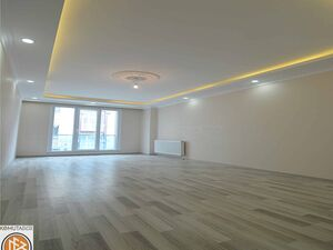 Elegent 2+1 apartment for sale in Istanbul