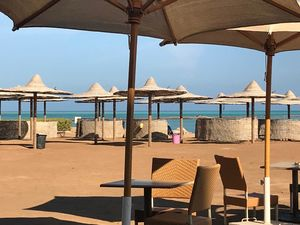 STUDIO with POOL VIEW & PRIVATE BEACH,  Hurghada for sale
