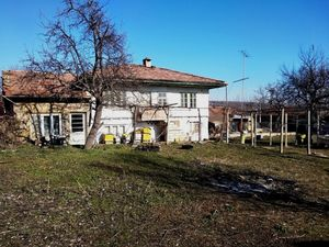 3 bedroom Rural House with stone barn and 2100sq.m garden
