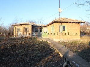 Cheap house in good condition close to Dobrich town