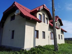 2 houses on one land in Bucovina