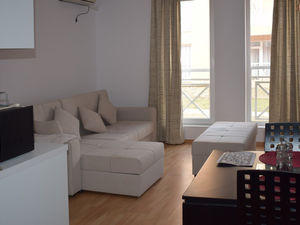 Nicely furnished studio in Sunny Day 6, bargain price