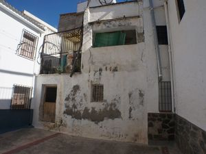 Orgiva 4 bed townhouse for renovation work