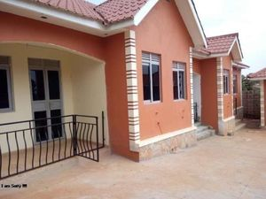 MODERN EXECUTIVE SELF CONTAINED DOUBLE ROOM HOUSE 4RENT@250K