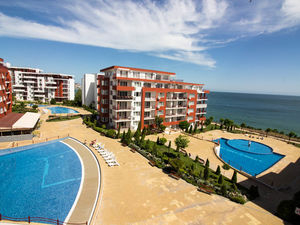 Large 1-bedroom SEA VIEW apartment Panorama Fort Beach