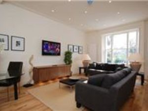 Available one bedroom flat in York