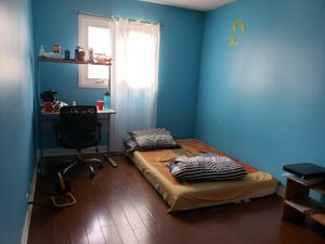 Room for rent @ Morningside & Sheppard area  for students