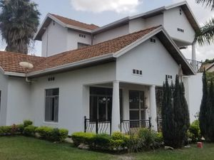 FURNISHED HOUSE FOR RENT IN GACURIRO