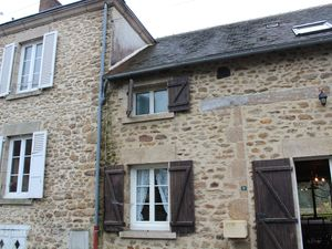 Two terraced houses for the price of one, Haute-Vienne, Fr