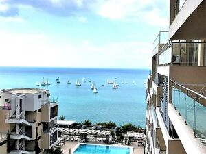 1st line! 1bedroom with frontal sea view in St.Vlas