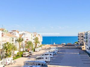 Costa Blanca 1 bed Sea View Beachside apartment in Mar Azul