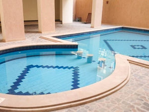 Fully furnished 1 bedroom apartment in Queen Farida