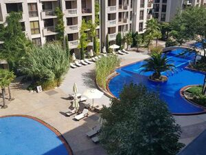 Pool View 1-bedroom apartment in Cascadas, Sunny Beach