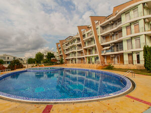 1-bedroom apartment with pool view in Sunset Kosharitsa