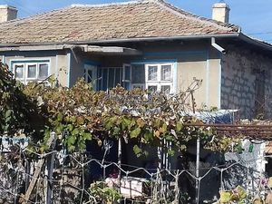 Cozy Bulgari9an house 30 km from Dobrich with huge garden