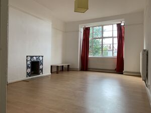 Lovely large Double bedroom apartment