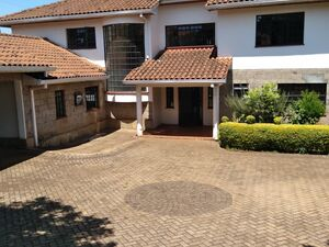 Serene property to let in Runda