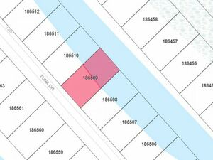 Waterfront property - 0 Tuna Dr Lot 25