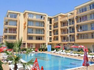 1-BED apartment with veranda and POOL view, Kamelia Garden