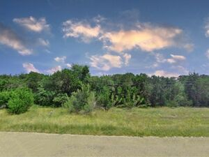 Half an acre lot with a country charm - Temple TX 76502