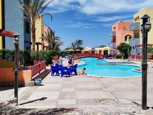 2 Bedrooms Apartment for Sale - Hurghada - Pool Landscape