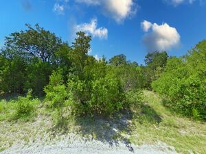 Land Heaven: Find Your Peace of Mind in Comanche Cove!