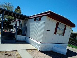 Clean 2 bedroom 1.5 baths for sale in Albuquerque