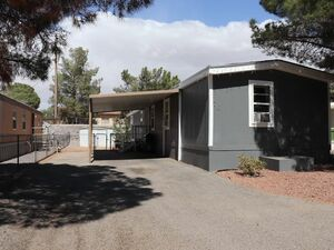 Beautiful 3 bed 2 baths mobile home for sale in Las Cruces