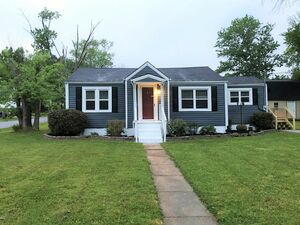 Updated 3 bed 1 bath home for rent in Cleveland