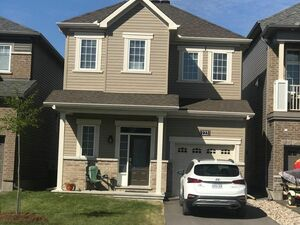 Spacious 3 bed 3 baths house for rent in Harthill Way