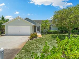 Beautiful 3 Bedrooms & 2 baths home for rent! Move in ready.