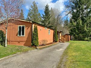 Beautiful 3 beds 2 baths house for sale in Snohomish