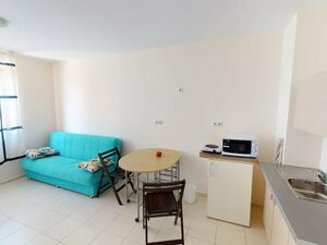 Studio 200 m to the Beach in Pomorie. No maintenance fee