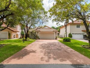 Beautiful 3 beds 3 baths home for rent in Doral