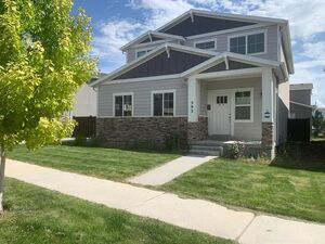 Beautiful 3 beds 2.5 baths home for rent in Bluffdale